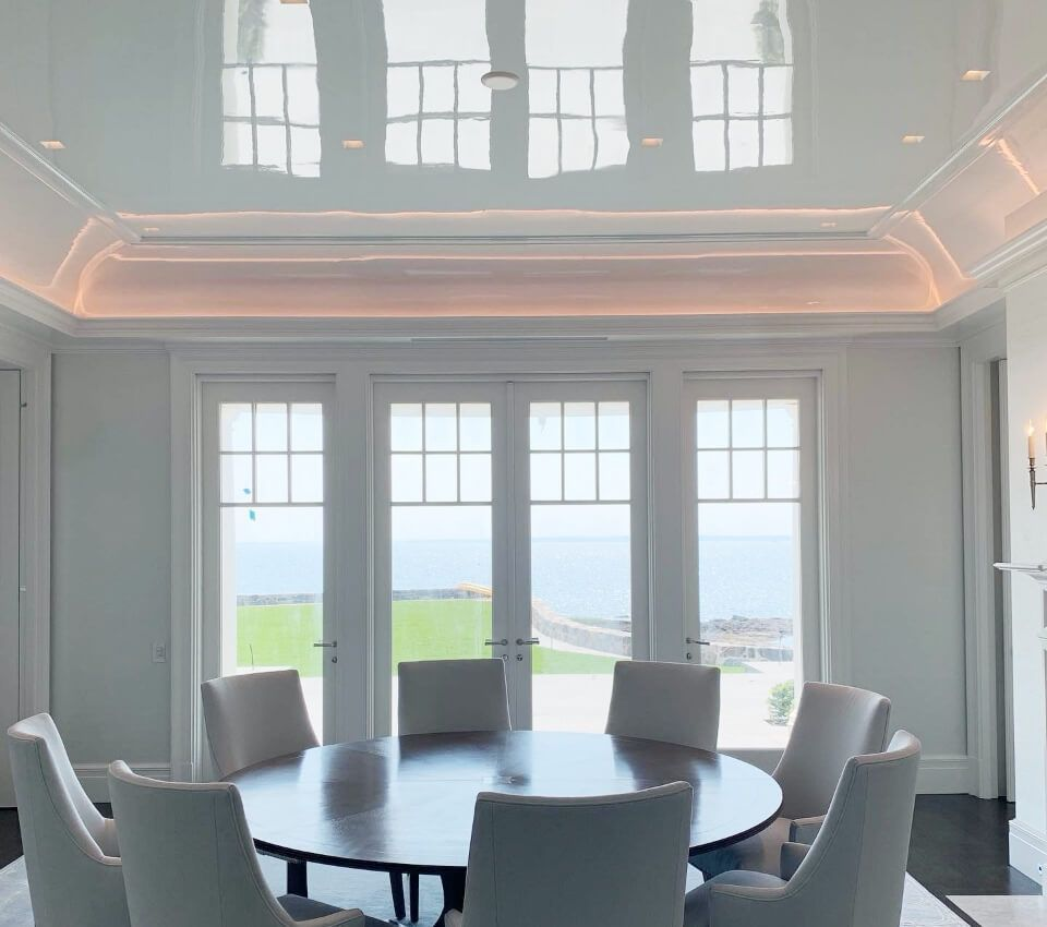 white high gloss ceiling