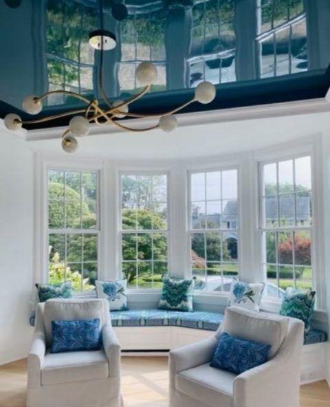 teal high gloss ceiling